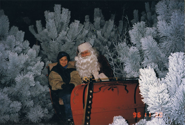 Nyk with Santa at Prairie Pines 1996